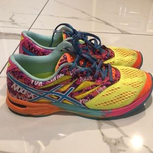 ASICS gel noosa tri women's runners 8.5